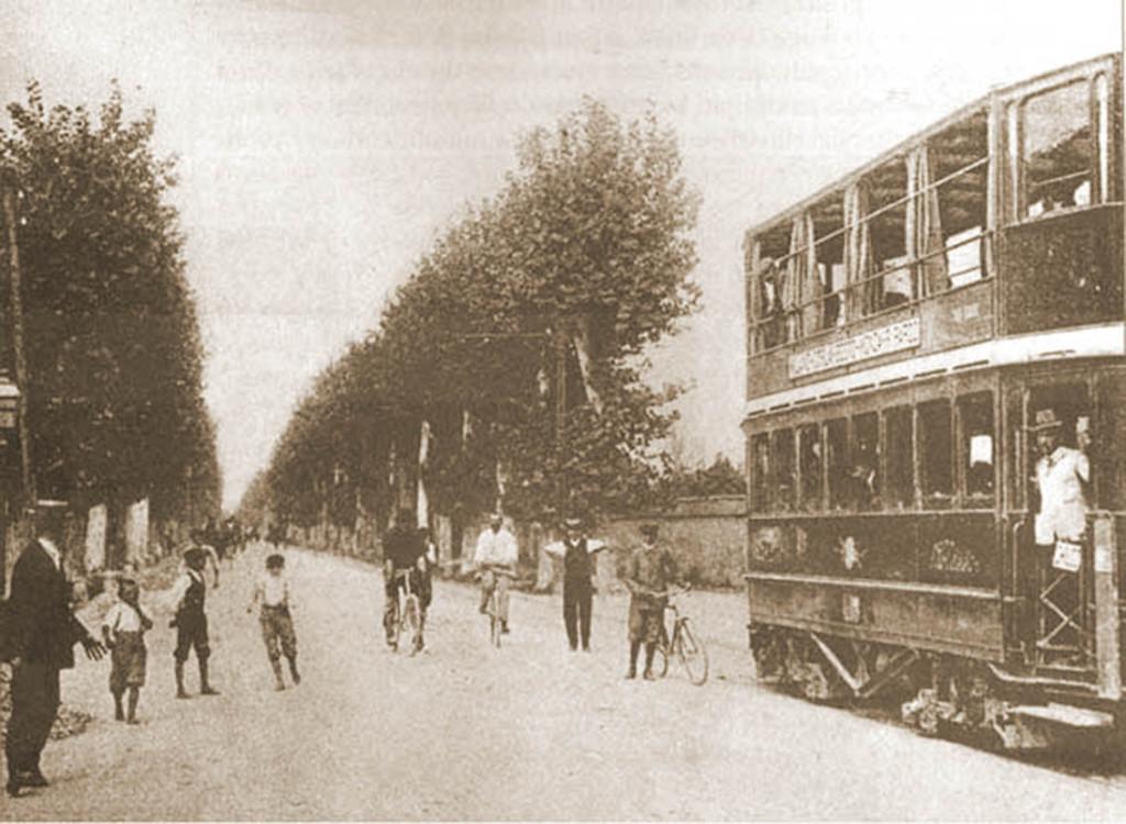 Viale Monza. Tram elettrico per Monza_1890