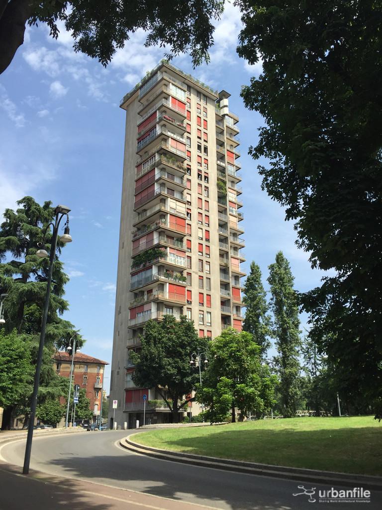 2016-07_Vico-Magistretti-Torre-al-Parco_4