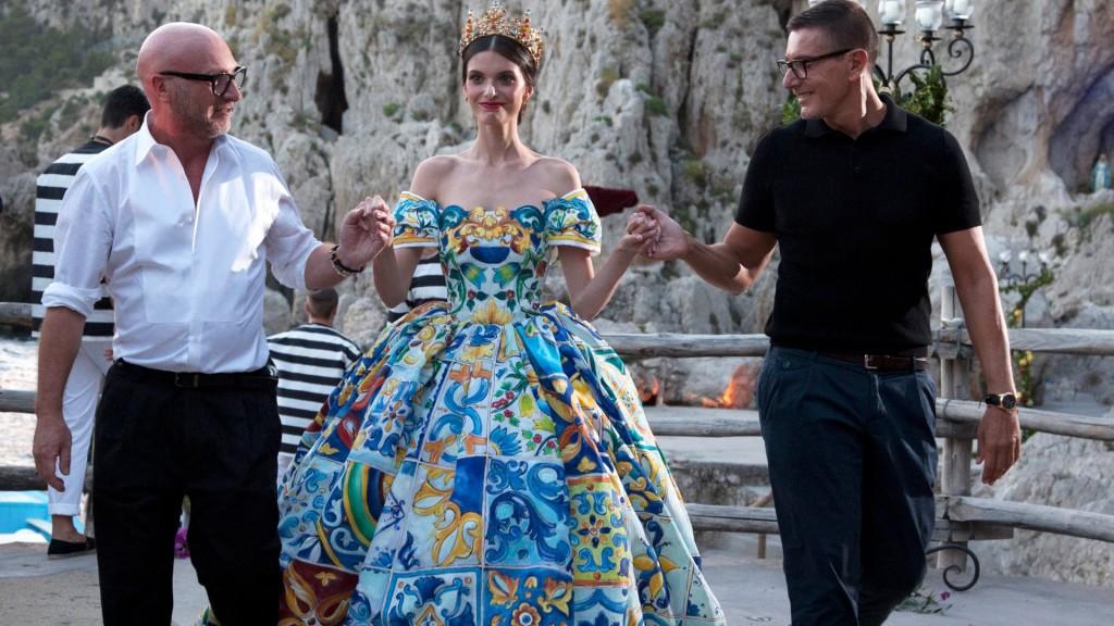 2016_Dolce&Gabbana_Napoli_1