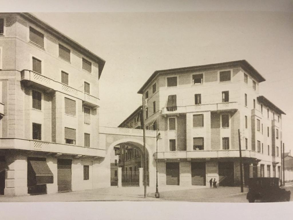 Farini Case Popolari del quartiere Crespi di via Bellinzago costruite nel 1929