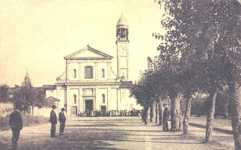Greco_Piazza_E_Parrocchia di San Martino 1900