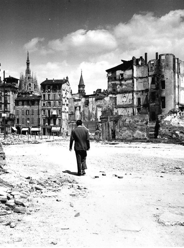 Una delle ultime immagini del Bottonuto, una contrada del tutto sparita negli anni '50