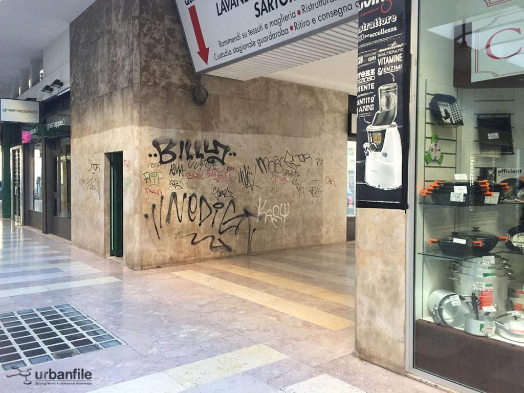 2016-04-24_Galleria_Buenos_Aires_13