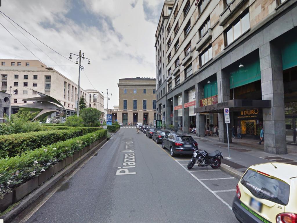 Piazza_Diaz_12