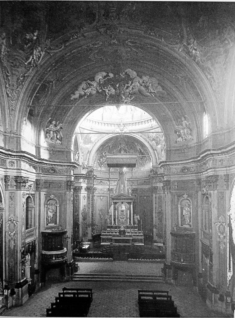 Santa_Maria_Segreta_1905_Interno