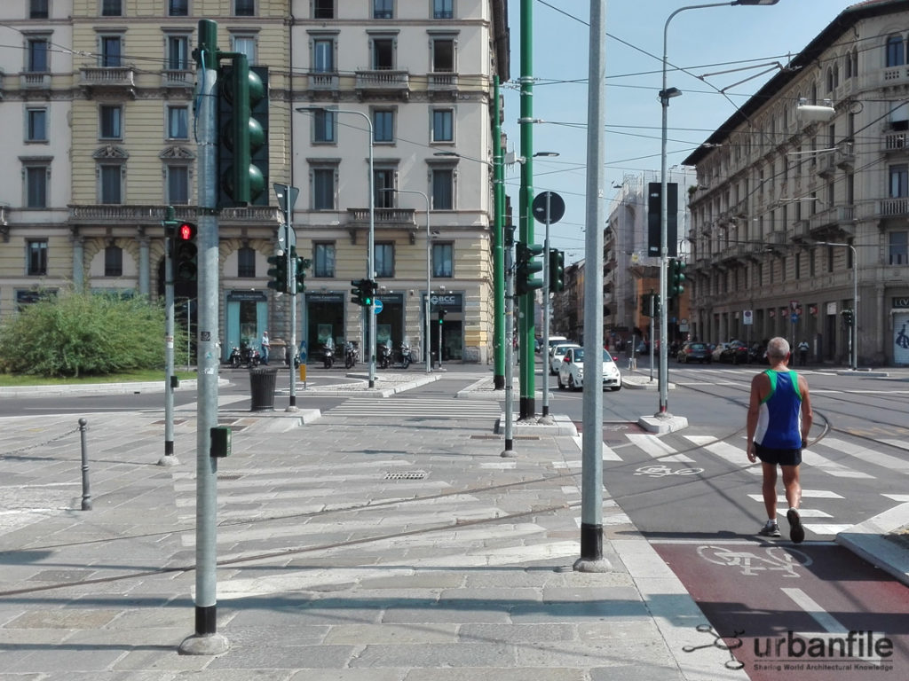 2016-09-01_Porta_Ticinese_Semafori_Pali_5