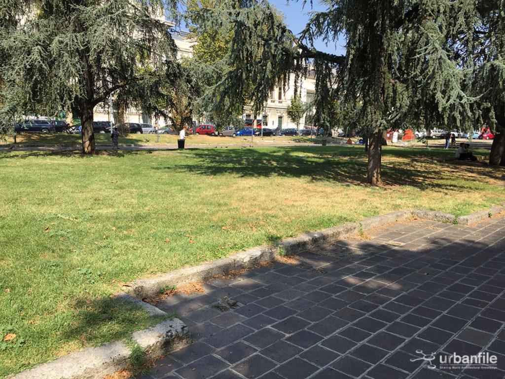 2016-09-25_piazza-luigi-di-savoia_7