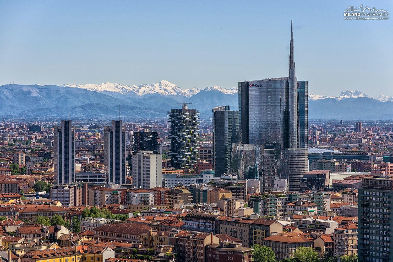 Milano segnalazioni milano sul finacial times - Via porta nuova milano ...