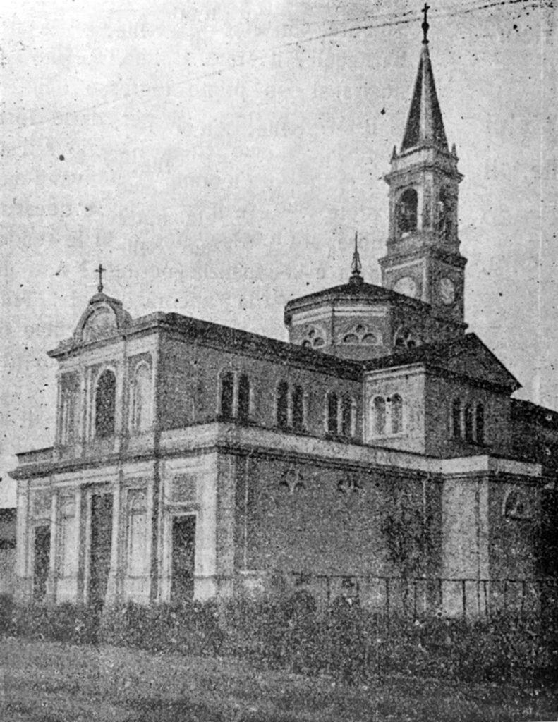 cagnola-vecchia-facciata-e-chiesa-piu-piccola-del-sacro-cuore-di-gesu-1905-1910