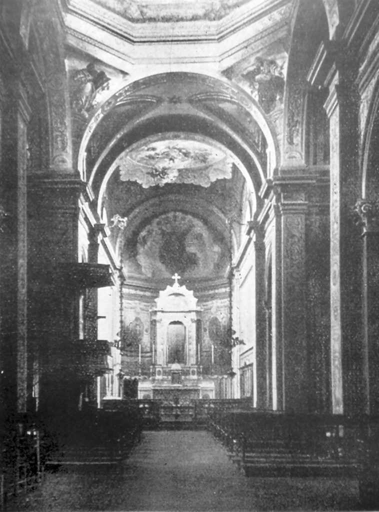 cagnola-il-vecchio-interno-1888-della-parrocchia-del-sacro-cuore-di-gesu-alla-cagnola1920-30