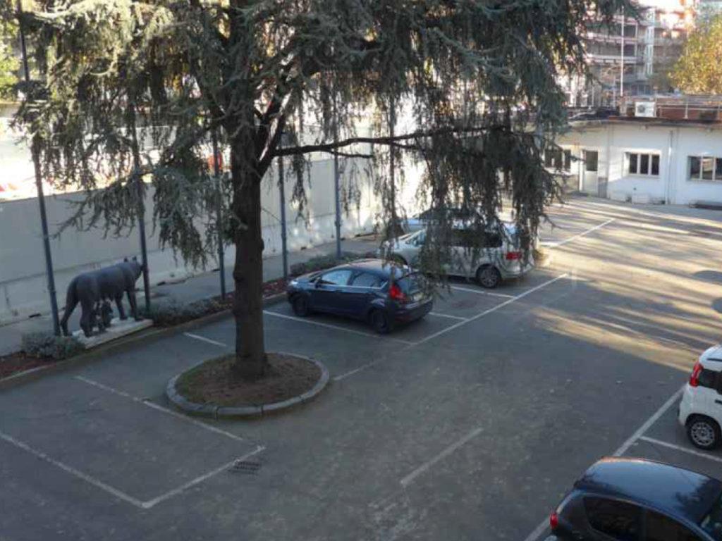 Cortile_Domodossola_Lupa_Capitolina_Milano