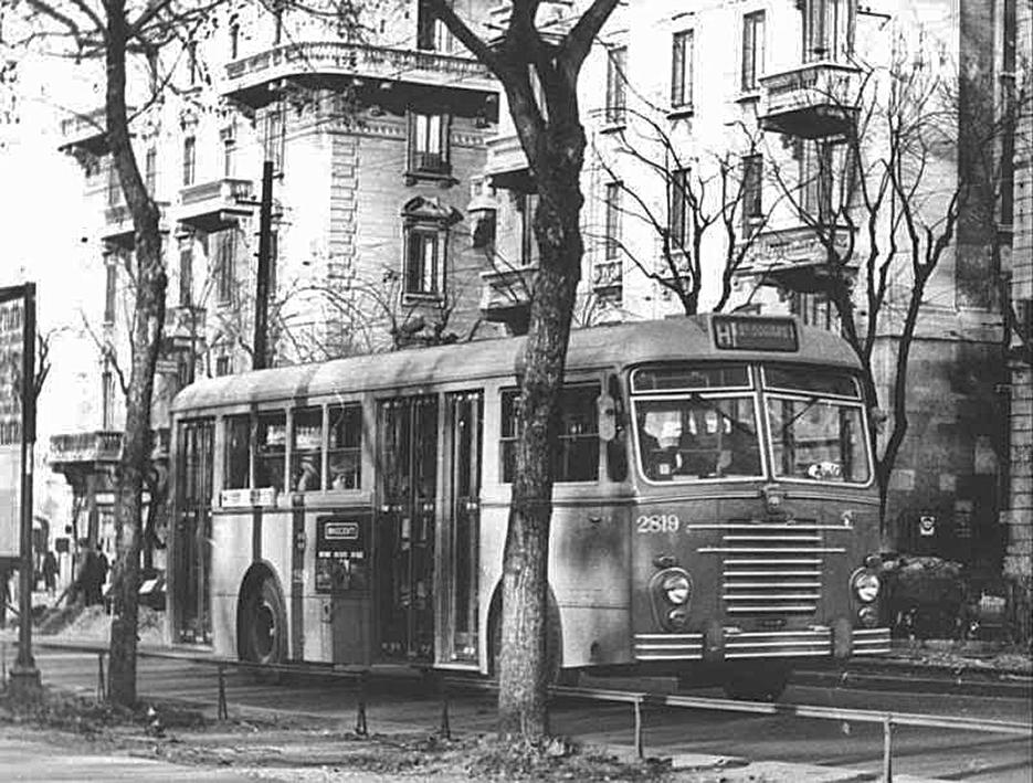 autobus-autobus-h-in-via-legnano