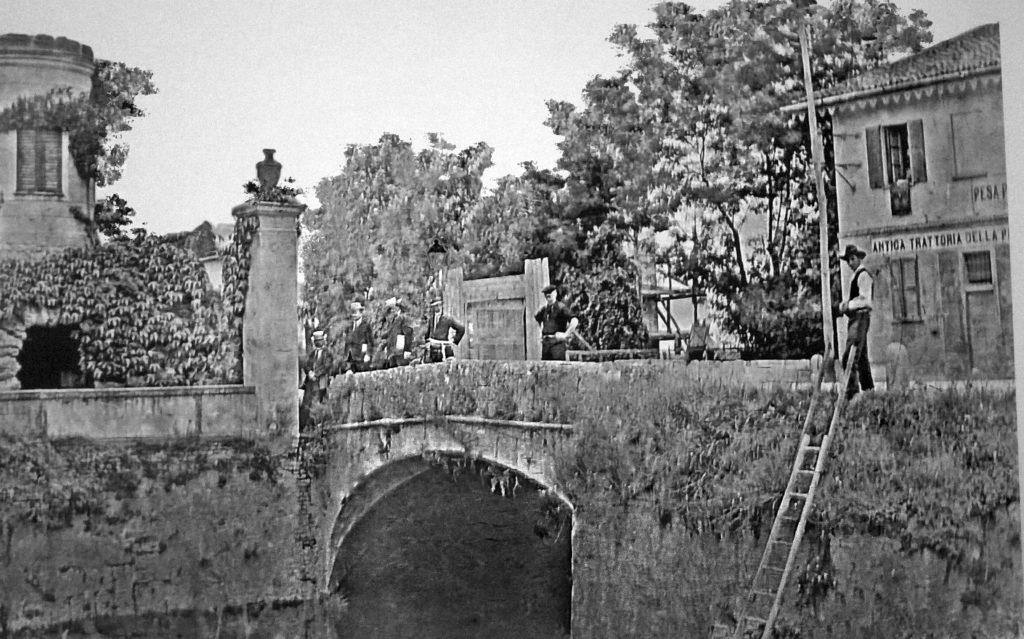 corvetto-cascina-gamboloita-e-il-torrino-con-ponte-sul-redefossi-siamo-esattamente-al-centro-di-piazzale-corvetto-1905-1910