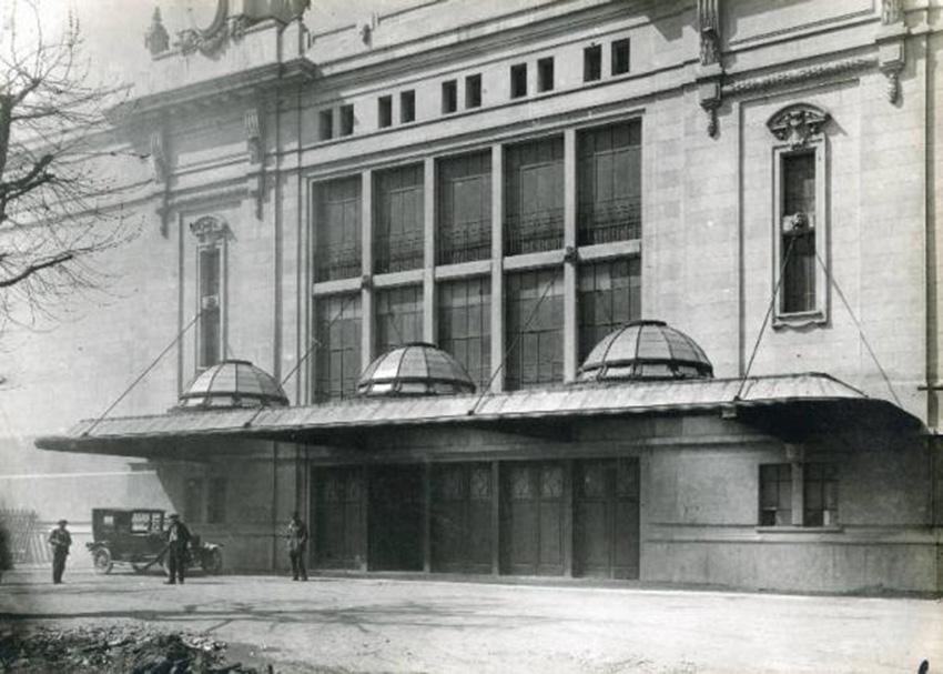 fiera-milano-ingresso-palazzo-scintille-1930