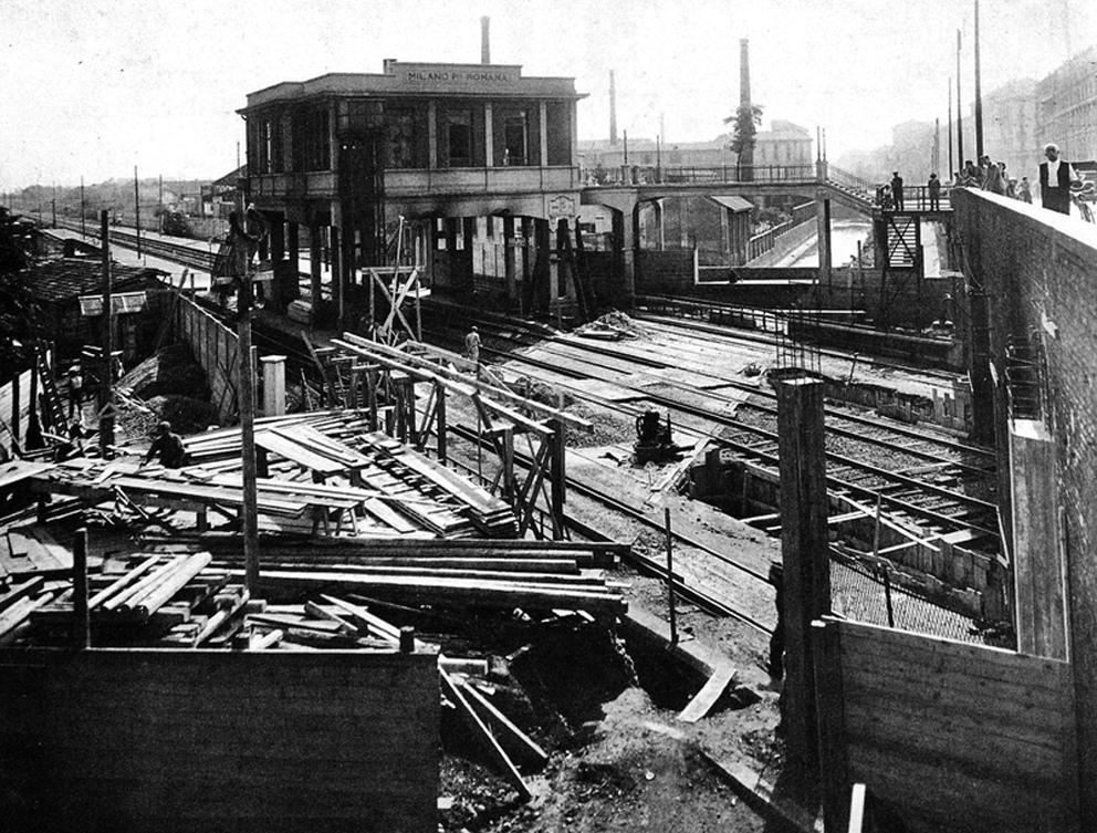 La stazione di Porta Romana e i lavori di copertura del Redefossi