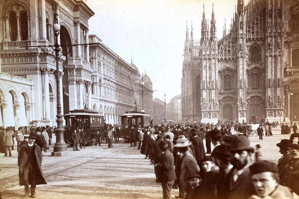 2-novembre-1893-primo-viaggio-tram-elettrico-piazza-del-duomo-6