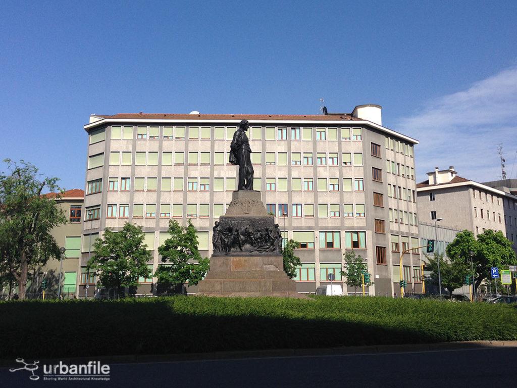 2014-05-11_piazza_buonarroti_1