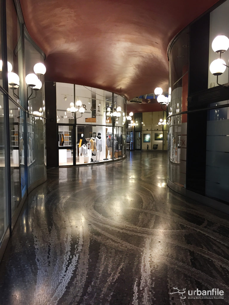 2016-11-13_galleria_strasburgo_4