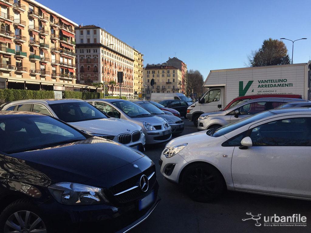 2016-11-30_viale_papiniano_mercato_santagostino_8