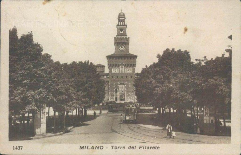 largo-cairoli_il-castello-sforzesco_panoramica-1920-22