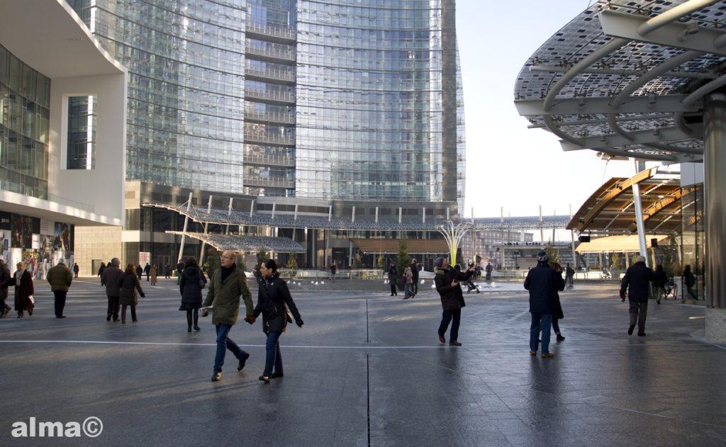 piazza_-gae-aulenti_1