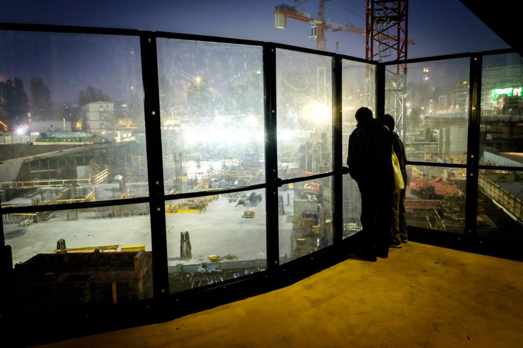 Il balcone sul cantiere - fotografato da Luca Sironi