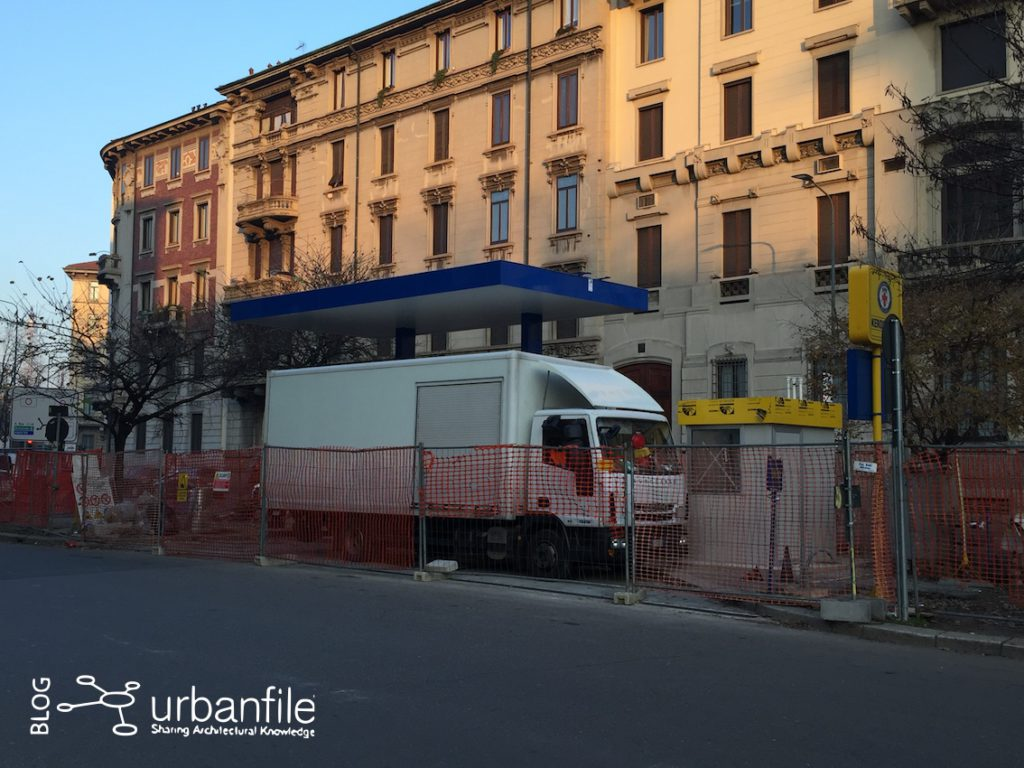 2016-12-07_benzinaio_viale_toti_baracca_2