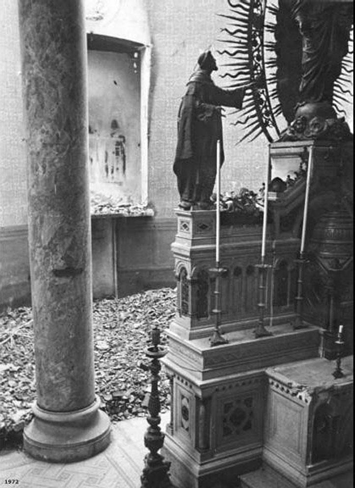 chiesa-di-santa-maria-del-rosario-labside-devastata-dai-bombardamenti-del-1943