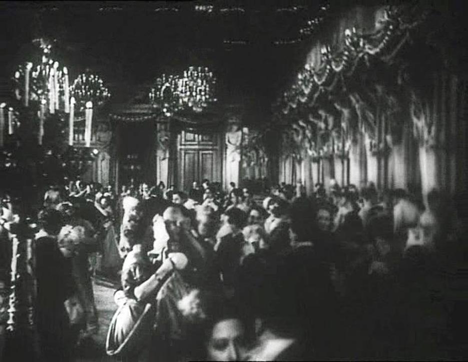 teresa_confalonieri_film_1934_ballo_nel_salone_delle_cariatidi_1