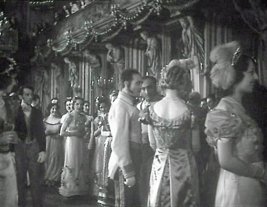 teresa_confalonieri_film_1934_ballo_nel_salone_delle_cariatidi_2