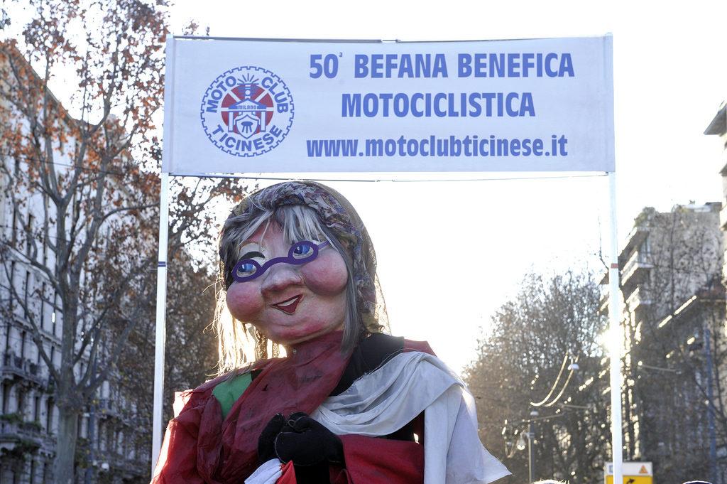 2017-01-06_befana_motociclisti_milano_1