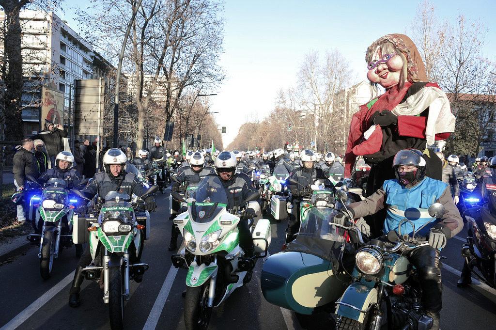 2017-01-06_befana_motociclisti_milano_4