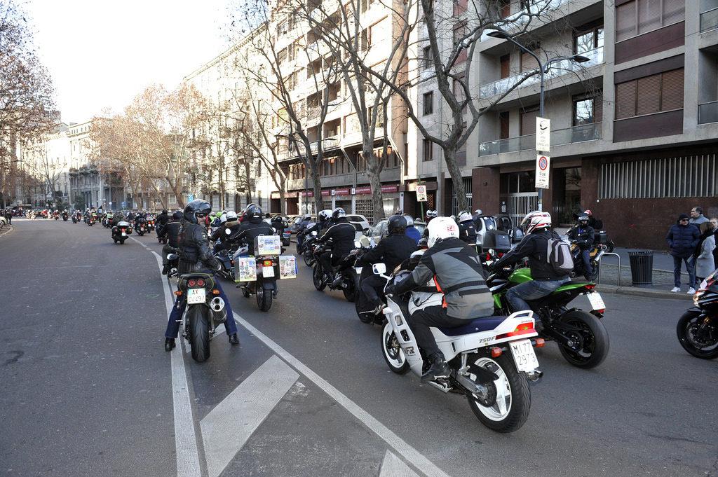 2017-01-06_befana_motociclisti_milano_5