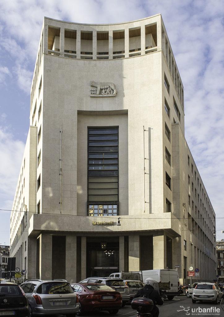 Palazzo_Banco_Roma_Piazza_Edison1_1