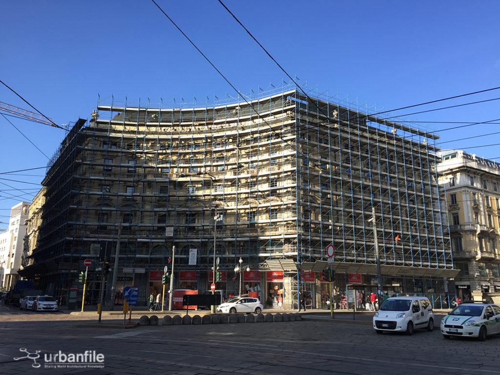 2017-02-25_Piazza_Cordusio_Palazzo_4