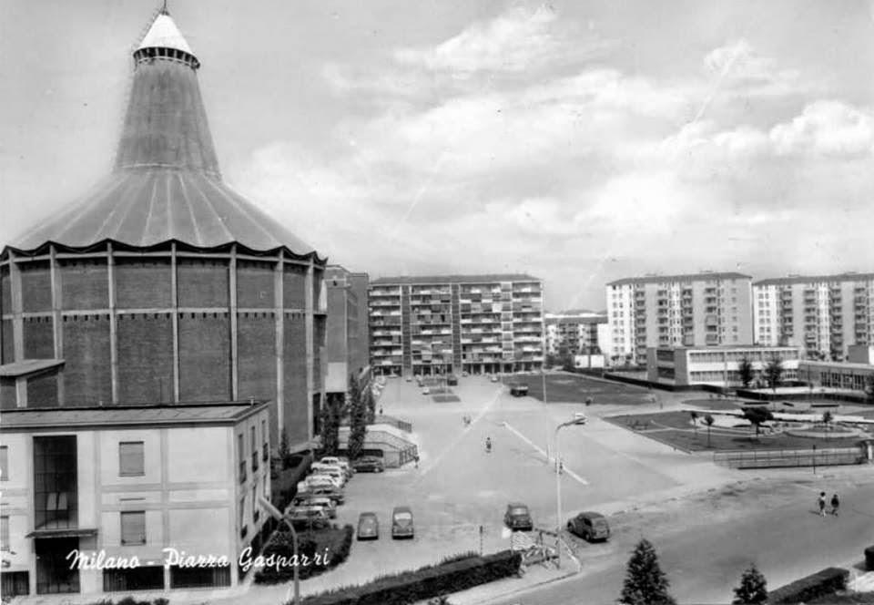 Comasina_Piazza_Gasparri_1963-65