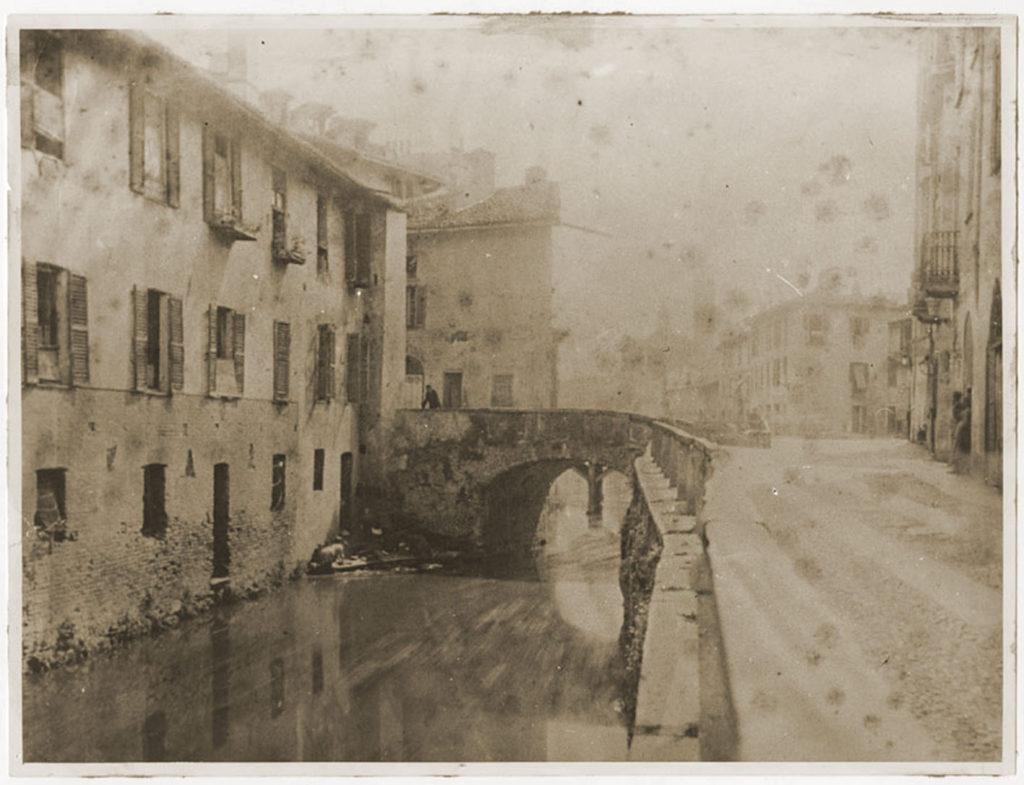 Ponte dei Fabbri e naviglio morto 1870-80