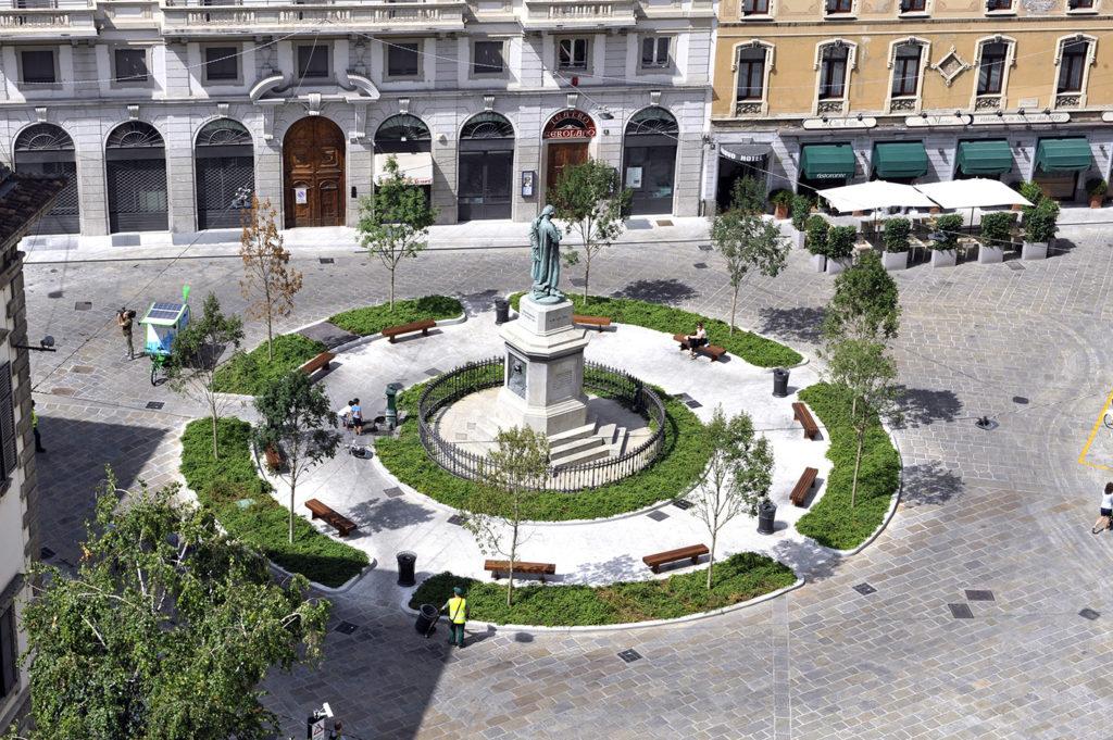 Milano pasquirolo inaugurate piazza beccaria e largo for Piazza beccaria