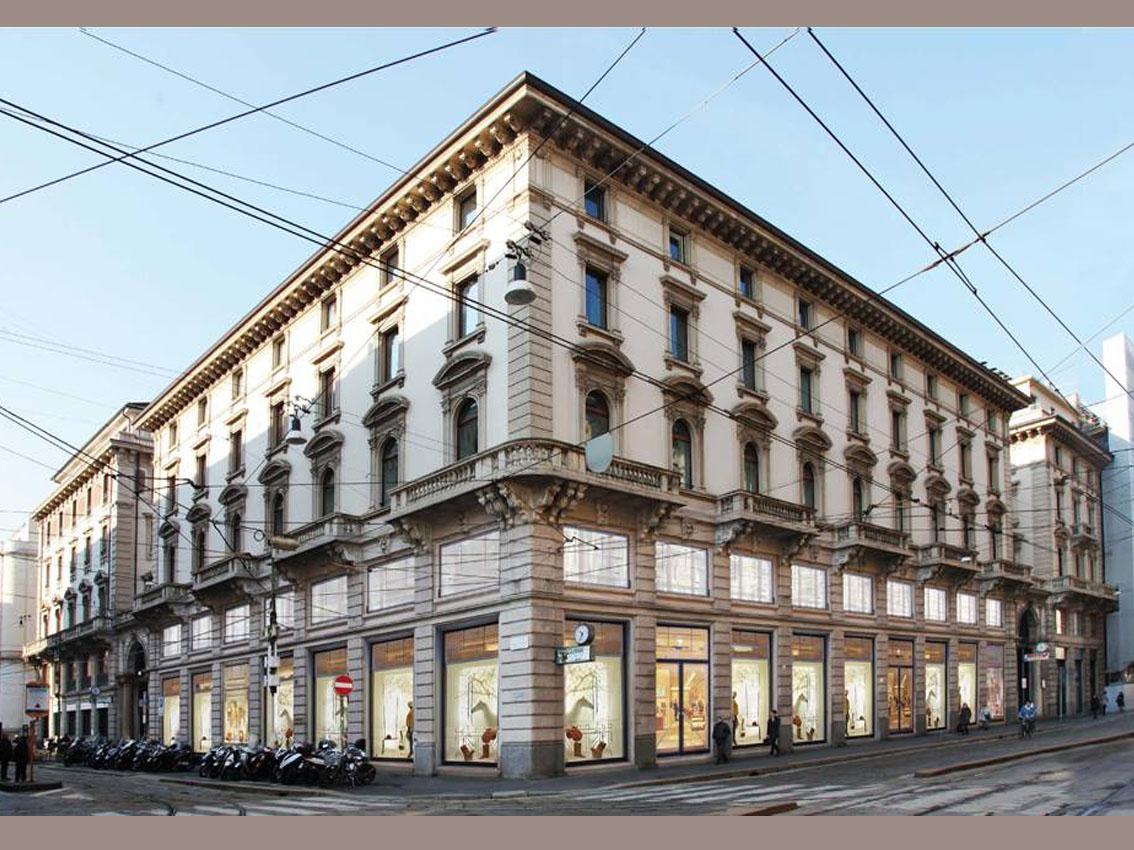 Milano cordusio altro palazzo in rinnovo in via for Vie di milano