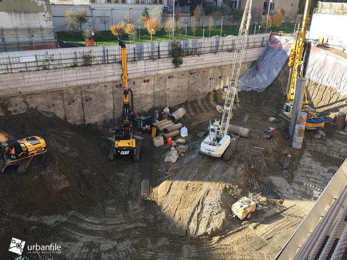 Milano porta nuova cantiere torre unipol for Consolidare un terreno