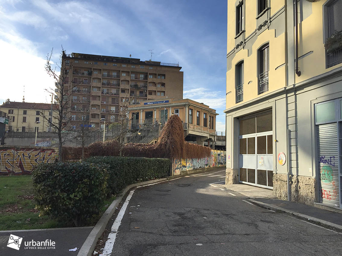Milano Porta Romana La Stazione Nel Degrado