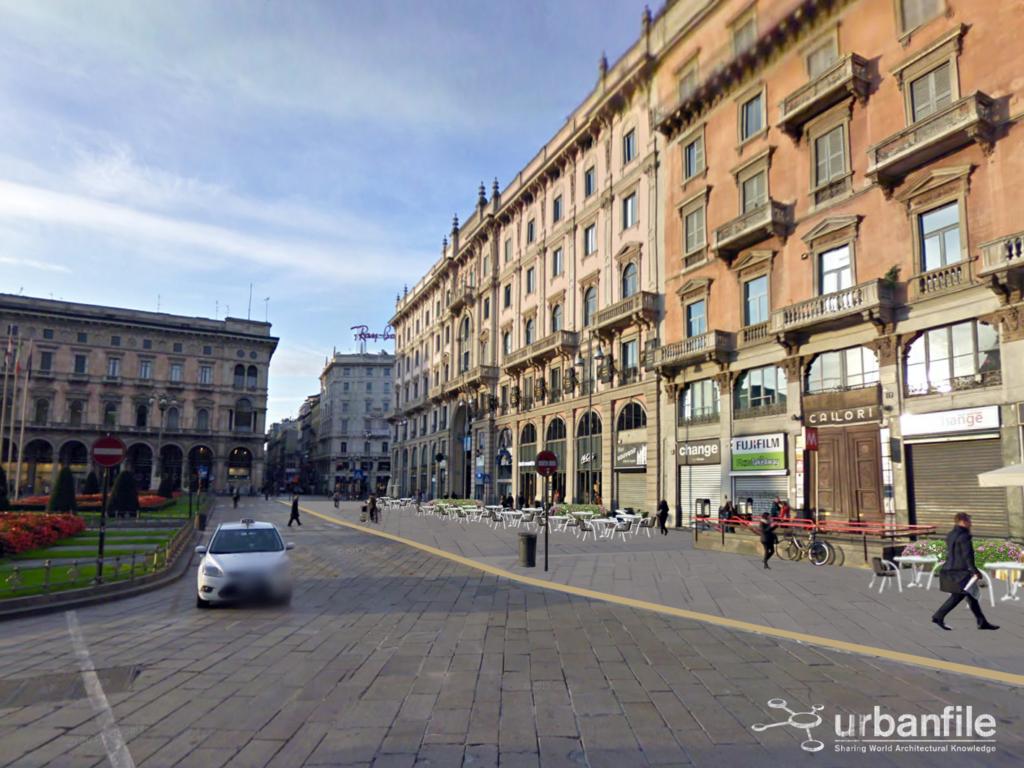 Piazza Duomo Marciapiede largo