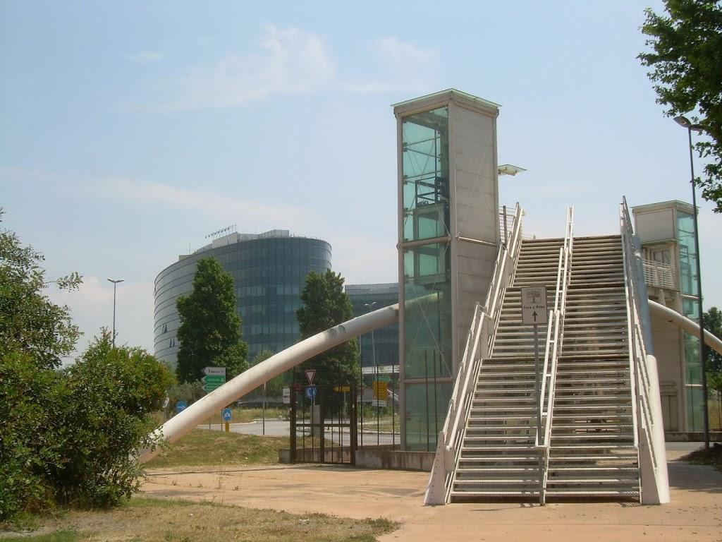 Zona fiera di roma amex inaugura la sua nuova sede for Fiera arredamento roma