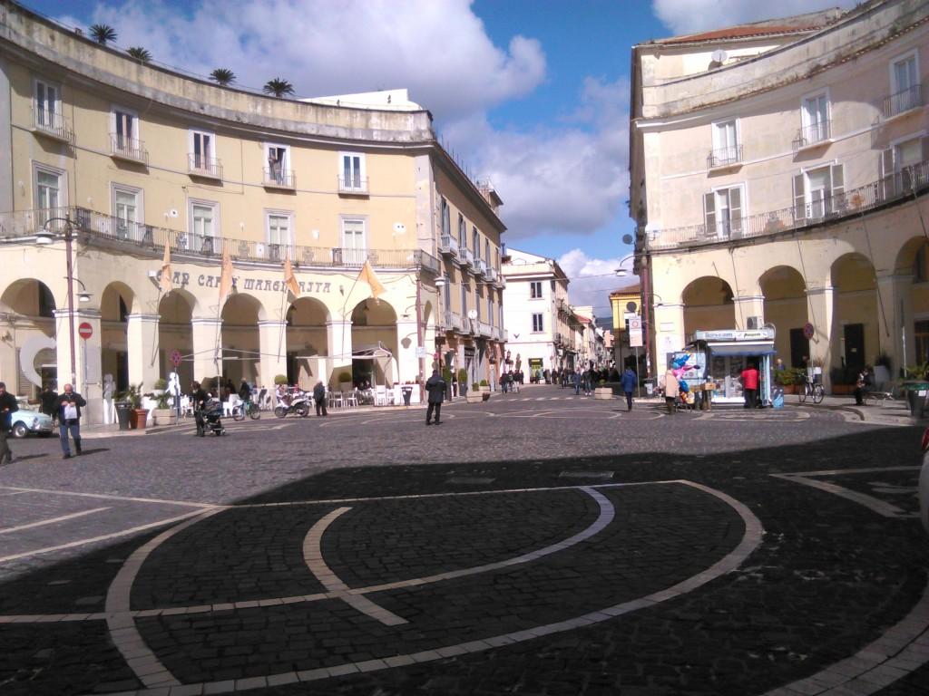 Caserta il nuovo arredo in corso trieste urbanfile blog for Nuovo arredo sansepolcro