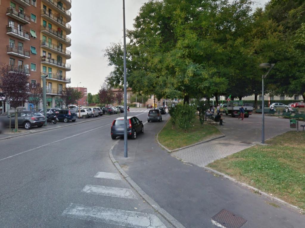 Niguarda_Piazza_Belloveso_1