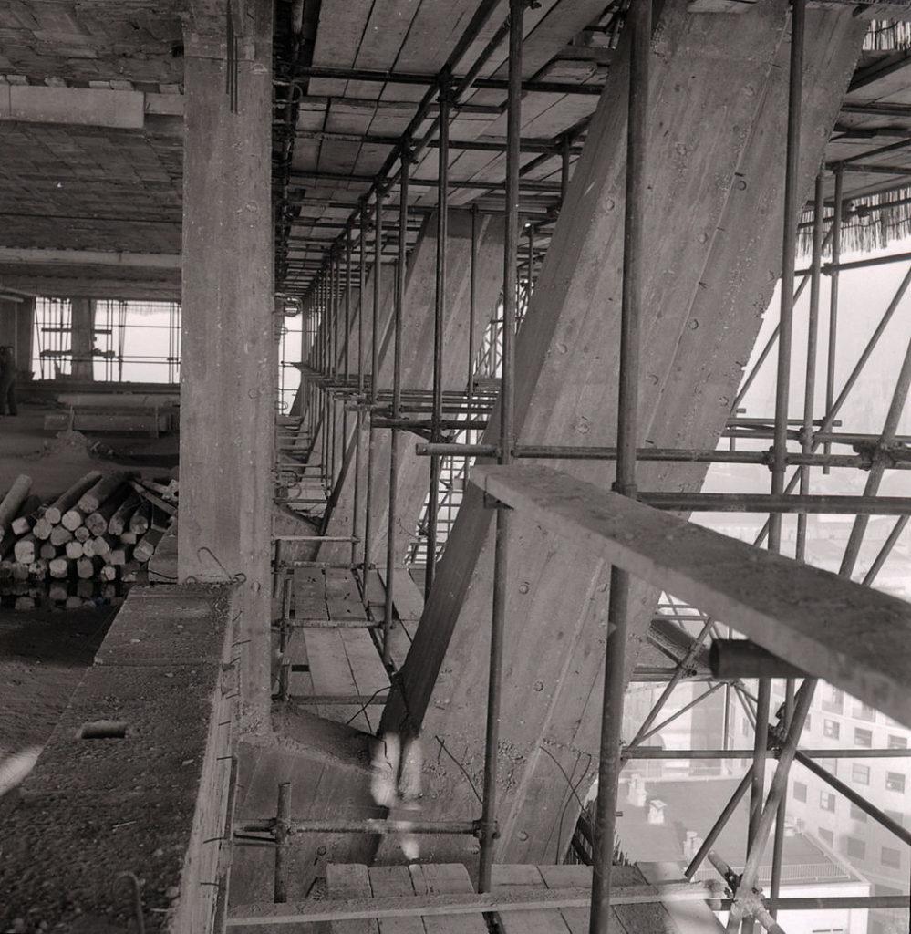 torre_velasca_paolo_monti_servizio_fotografico_1956