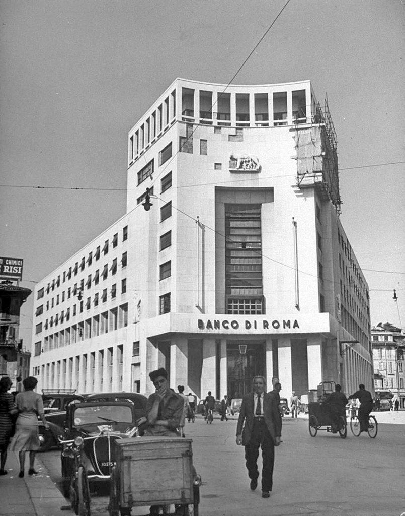 Palazzo_del_Banco_di_Roma_di_Milano_(1946)