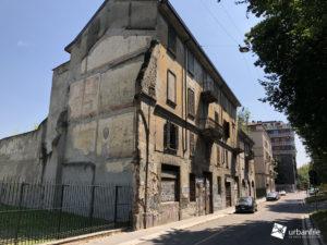 Milano Porta Genova Via Conca Del Naviglio E Le Pietre Misteriose Urbanfile Blog