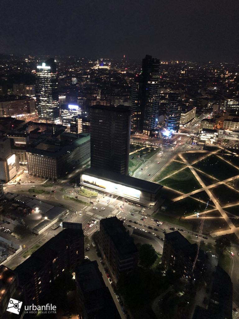 Milano Foto Una Panoramica Notturna Da Palazzo Lombardia